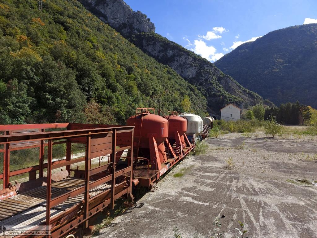 Bahnhof Saint-Martin-Lys auf 385m Höhe.