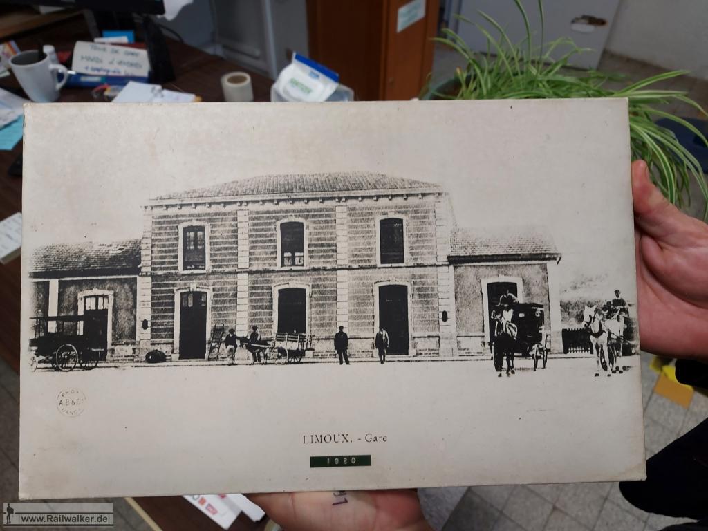 Ein Foto vom Bahnhof in Limoux. Es wurde mit vom Bahnhofspersonal zum Fotografieren ausgehändigt.