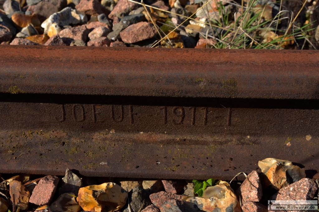 Schiene der Firma JOEUF aus dem Jahr 1911.
