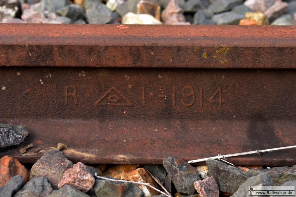 Schiene vom Stahlwerk in Rehon, Lothringen, 1914.
