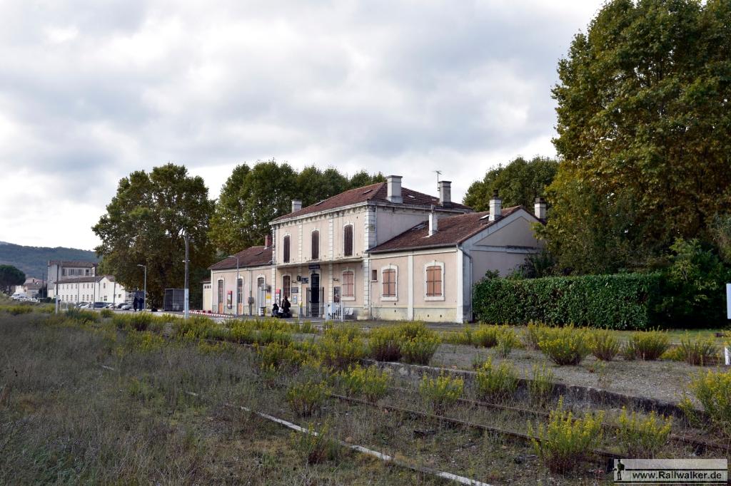 Der Bahnhof von Limoux. Früher gabe es hier sogar eine Bahnhofshalle.